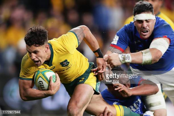Matt Toomua of the Wallabies beats the defence to score a try during the International Test match between the Australian Wallabies and Manu Samoa at...