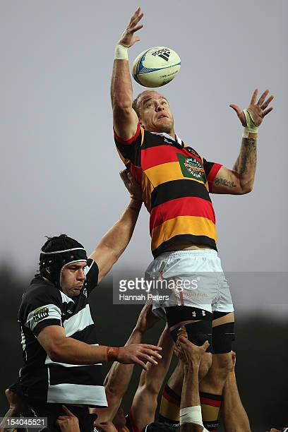 Matt Vant Leven of Waikato competes with Ross Kennedy of Hawke's Bay in the lineout during the ITM Cup round 15 rugby match between Waikato and...