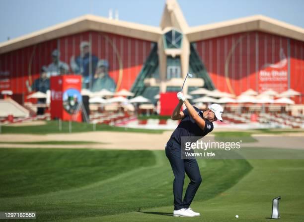 Matt Wallace of England plays a shot during practice ahead of the Abu Dhabi HSBC Championship at Abu Dhabi Golf Club on January 19, 2021 in Abu...