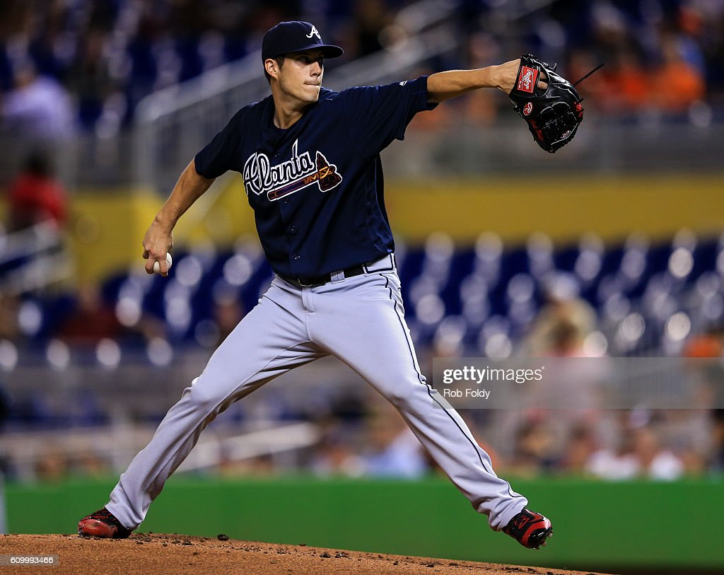 Matt Wisler #37 of the Atlanta Braves pitches during the game against the Miami Marlins at Marlins Park on September 23, 2016 in Miami, Florida.