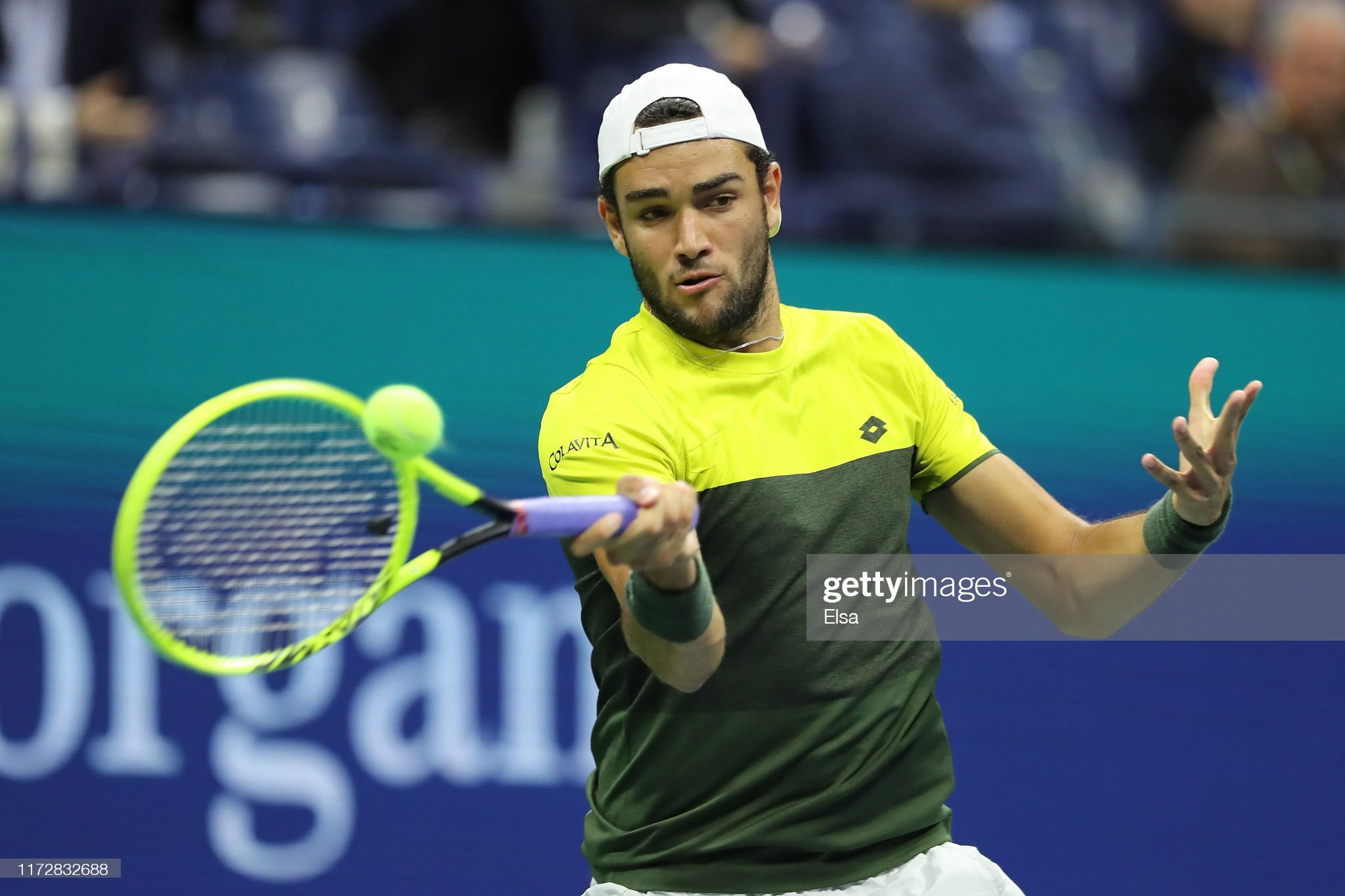 ¿Cuánto mide Matteo Berrettini? - Altura - Real height Matteo-berrettini-of-italy-returns-a-shot-during-his-mens-singles-picture-id1172832688?s=2048x2048