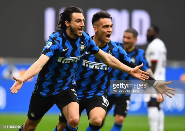 Matteo Darmian of FC Internazionale celebrates with Lautaro Martinez after scoring the opening goal during the Serie A match between FC...