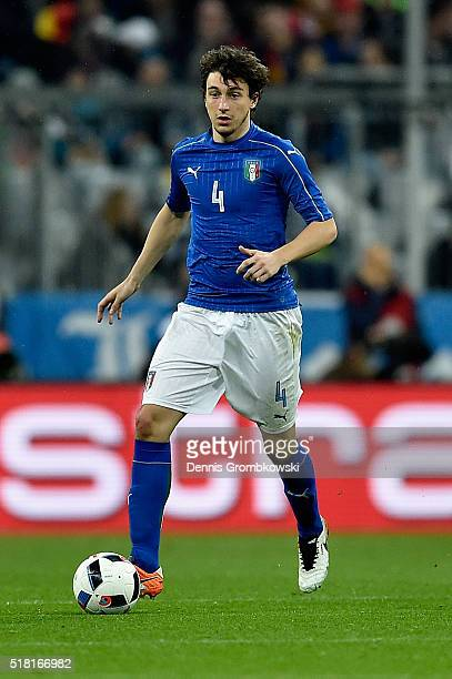Matteo Darmian of Italy controls the ball during the International Friendly match between Germany and Italy at Allianz Arena on March 29 2016 in...