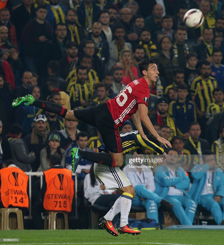 Matteo Darmian of Manchester United in action with Volken Sen of Fenerbahce during the UEFA Europa League match between Manchester United and Fenerbahce at sukru Saracoglu Stadium on November 3, 2016 in Istanbul, Turkey.
