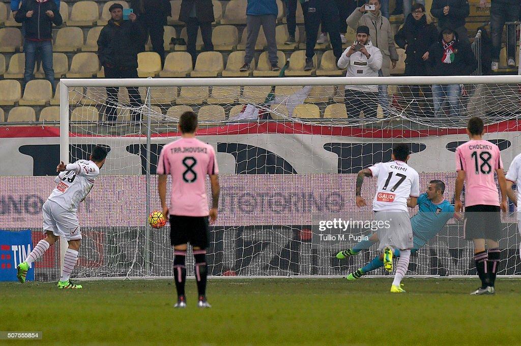Carpi FC v US Citta di Palermo - Serie A : ニュース写真