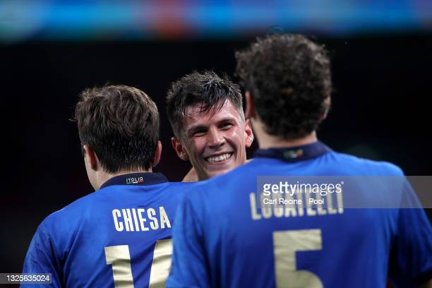 Matteo Pessina of Italy celebrates with Federico Chiesa after scoring their side's second goal during the UEFA Euro 2020 Championship Round of 16...