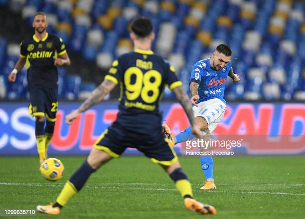 Matteo Politano of SSC Napoli scores their side's second goal during the Serie A match between SSC Napoli and Parma Calcio at Stadio Diego Armando...