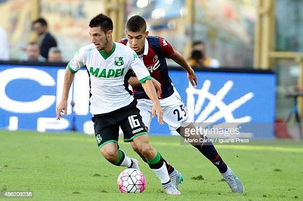 Matteo Politano of US Sassuolo Calcio in action during the Serie A match between Bologna FC and US Sassuolo Calcio at Stadio Renato Dall'Ara on...