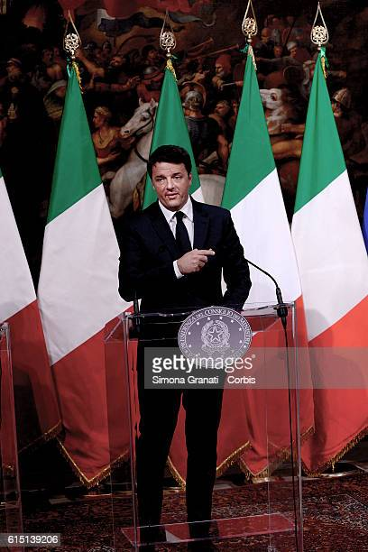 Matteo Renzi illustrates to the press the law on the State Budget Bill for the financial year 2017 and for the three year period 20172019 with a...