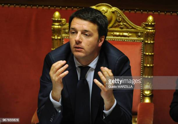 Matteo Renzi le nouveau premier ministre italien assiste à un débat au Sénat italien le 24 février 2014 à Rome Italie