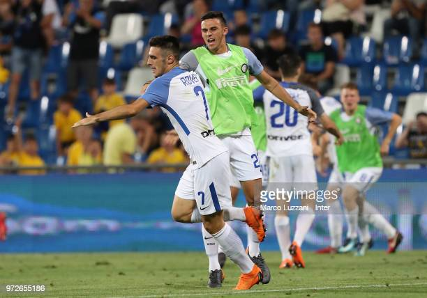 Matteo Rover of FC Internazionale celebrates his goal with his teammate Gabriele Zappa during the Serie A Primavera Playoff Final match between FC...