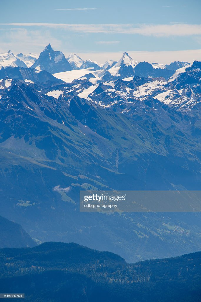 Matterhorn and Dent d'Herens : Stockfoto