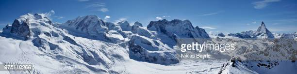 matterhorn and monte rosa in winter, zermatt, canton of valais, swiss alps, switzerland - monte rosa foto e immagini stock