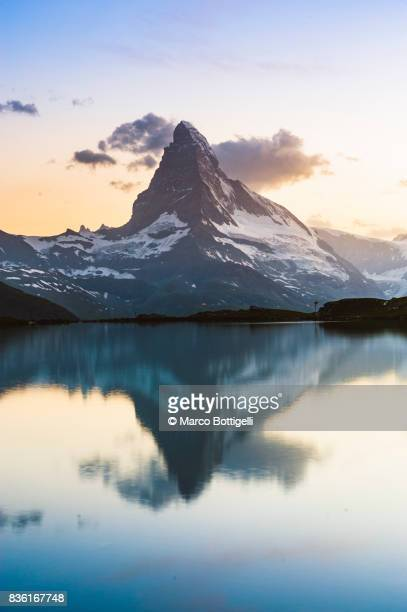 matterhorn and stellisee. zermatt, switzerland. - switzerland stock pictures, royalty-free photos & images