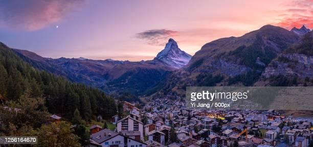 matterhorn and zermatt, switzerland - images stock pictures, royalty-free photos & images