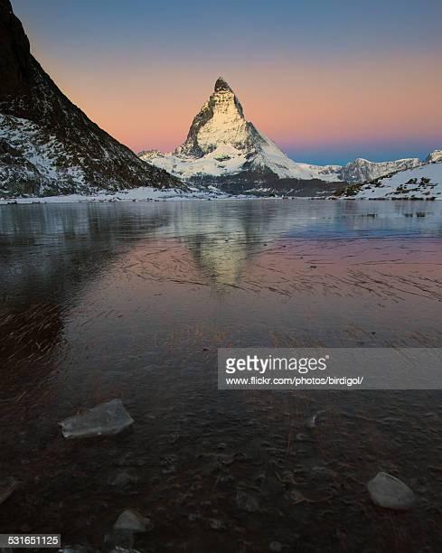 matterhorn mountain at dusk - pinnacle peak stock pictures, royalty-free photos & images