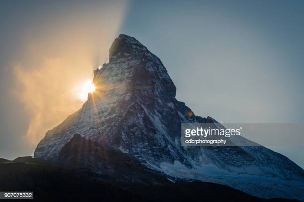 matterhorn sunset above zermatt in the swiss alps - zermatt stock pictures, royalty-free photos & images