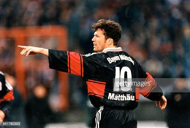 Matthaeus, Lothar *-Fussballspieler, DSpieler der Nationalelf von 1980-2000Weltmeister 1990- Halbportait im Profil, gestikuliert