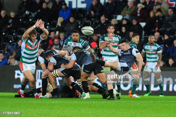 Matthew Aubrey of Ospreys in action during the Guinness Pro14 Round 02 match between the Ospreys and Benetton Rugby Treviso at the Liberty Stadium on...