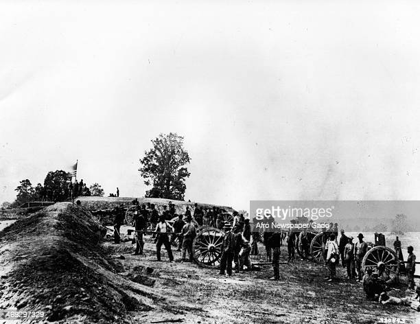 Matthew Brady photograph of Union Army battery lined up at the Battle of Petersburg Petersburg Virginia 1863