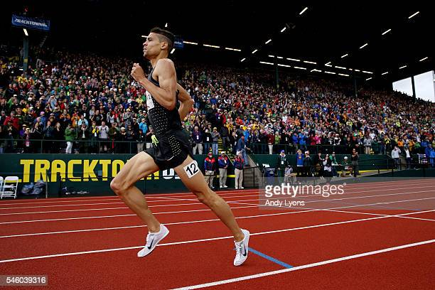 Matthew Centrowitz runs to the finish to place first in the Men's 1500 Meter Final during the 2016 US Olympic Track Field Team Trials at Hayward...