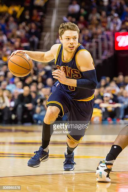 Matthew Dellavedova of the Cleveland Cavaliers drives during the second half against the Golden State Warriors at Quicken Loans Arena on January 18...