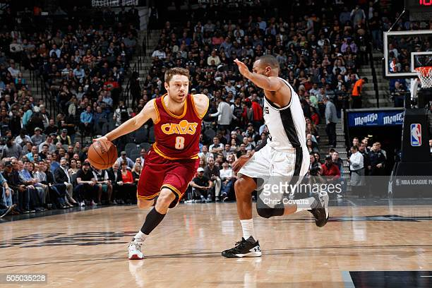 Matthew Dellavedova of the Cleveland Cavaliers handles the ball against the San Antonio Spurs on January 14 2016 at the ATT Center in San Antonio...