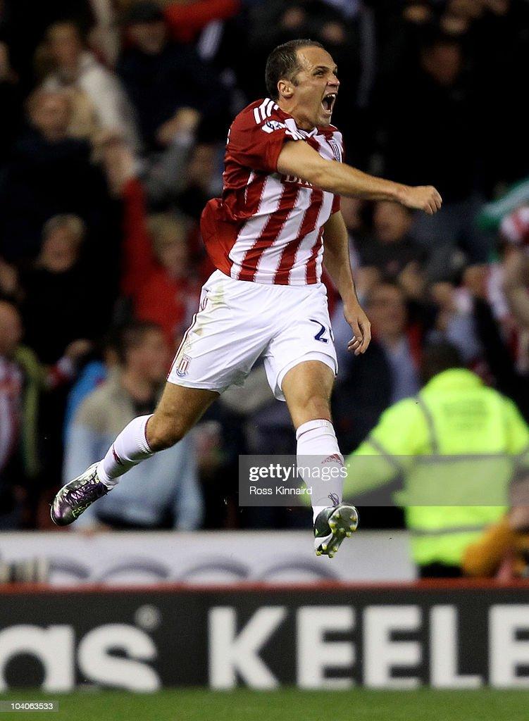 Stoke City v Aston Villa - Premier League : News Photo