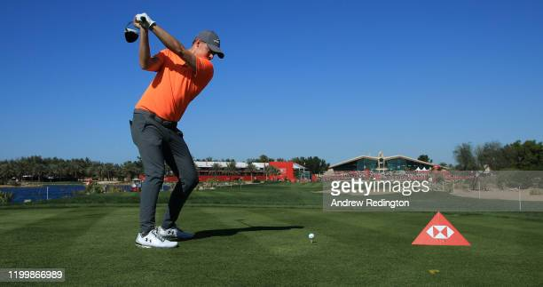 Matthew Fitzpatrick of England tees off on the ninth during Day One of the Abu Dhabi HSBC Championship at Abu Dhabi Golf Club on January 16, 2020 in...