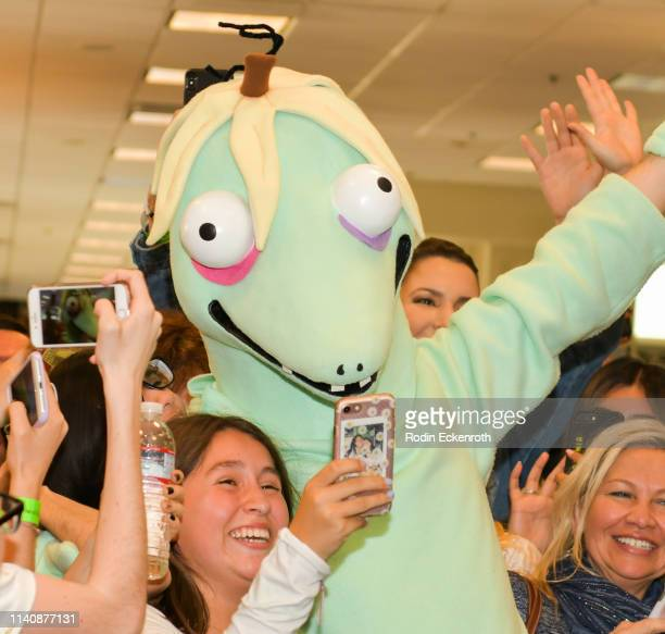 """Matthew Gray Gubler takes selfie with fans during celebration of his new book """"Rumple Buttercup: A Story of Bananas, Belonging, and Being Yourself""""..."""
