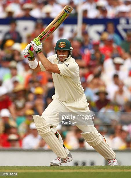 Matthew Hayden of Australia bats during day two of the fifth Ashes Test Match between Australia and England at the Sydney Cricket Ground on January 3...