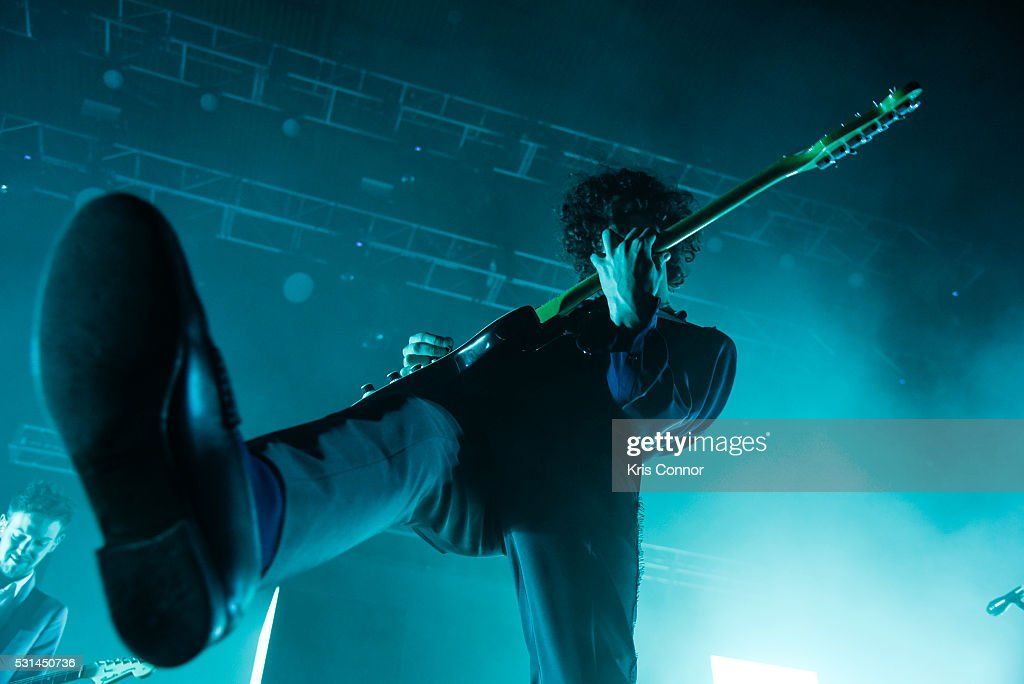 Matthew Healy of 1975 performs during 2016 Sweetlife Festival at Merriweather Post Pavillon on May 14, 2016 in Columbia, Md.