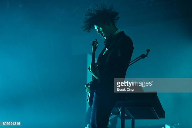 Matthew Healy of The 1975 performs at O2 Arena on December 15 2016 in London England