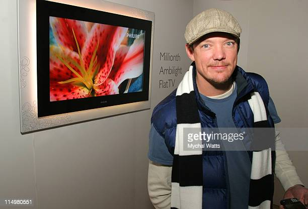 Matthew Lillard with Millionth Ambilight Flat TV during 2007 Park City - Philips Lounge at Village at the Lift - Day 6 at Philips Lounge in Park...