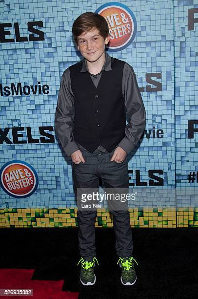 Matthew Lintz attends the Pixels world premiere at the Regal EWalk Theater in New York City �� LAN