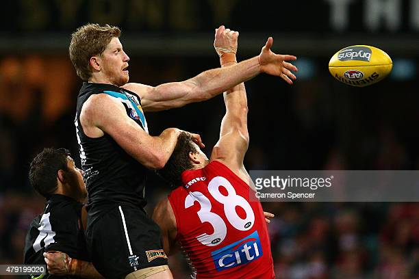 60 Top Rd 2 Sydney V Port Adelaide Pictures, Photos, & Images