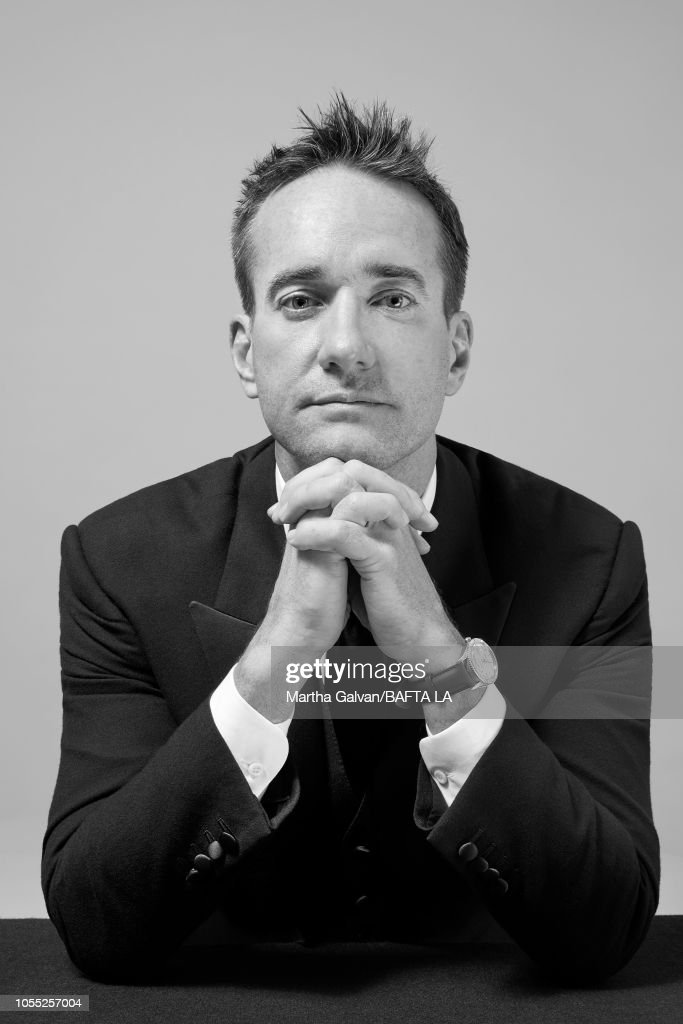 Les séances de photographie - Page 4 Matthew-macfadyen-poses-in-the-portrait-studio-at-the-2018-british-picture-id1055257004