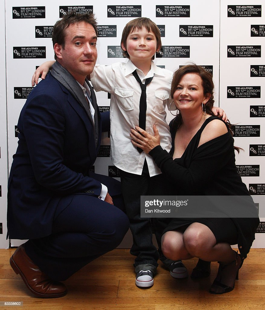 Matthew Macfadyen, Sidney Johnston and Sharon Maguire arrives at the BFI 52nd London Film Festival European Premiere of Incendiary in Leicester Square on October 18, 2008 in London, England.