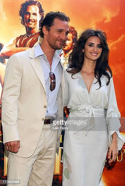 "Matthew McConaughy and Penelope Cruz during ""Sahara"" Madrid Photocall at Villa Magna Hotel in Madrid, Spain."