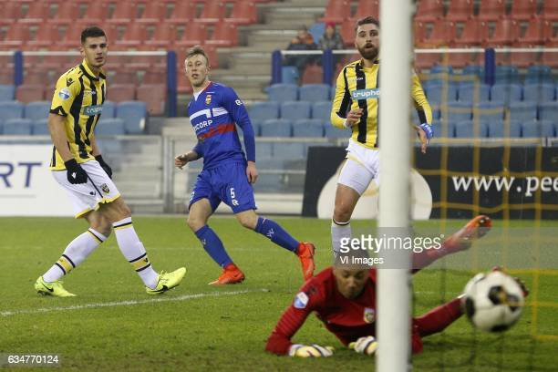 Matthew Miazga of Vitesse Dico Koppers of Willem II Eloy Room of Vitesse Guram Kashia of Vitesseduring the Dutch Eredivisie match between Vitesse...