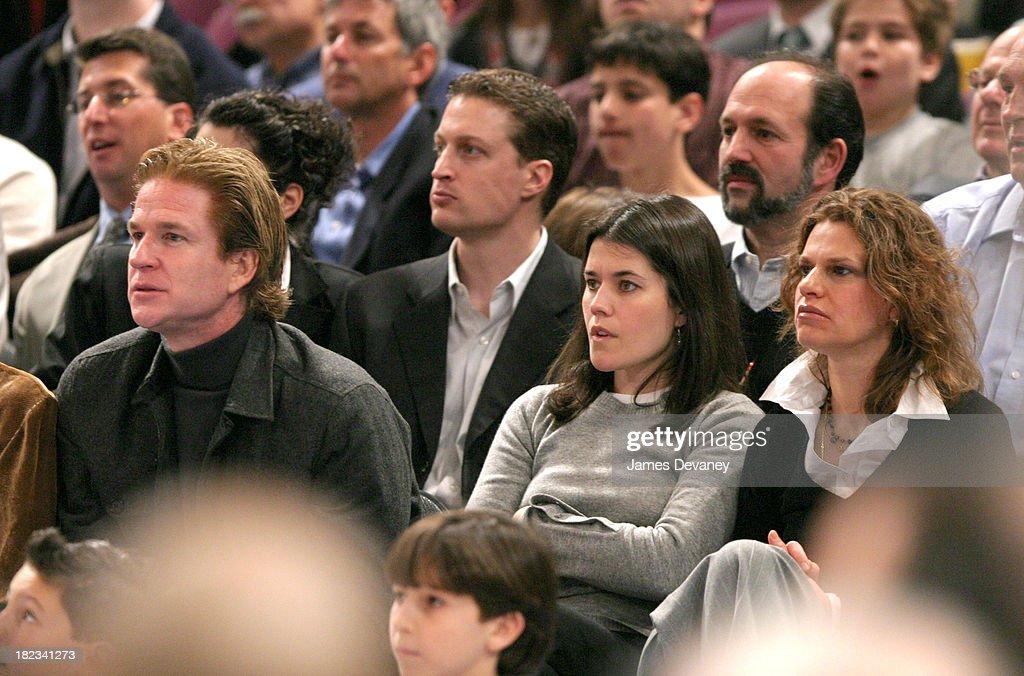 Celebrities Attend Atlanta Hawks vs. New York Knicks Game : News Photo