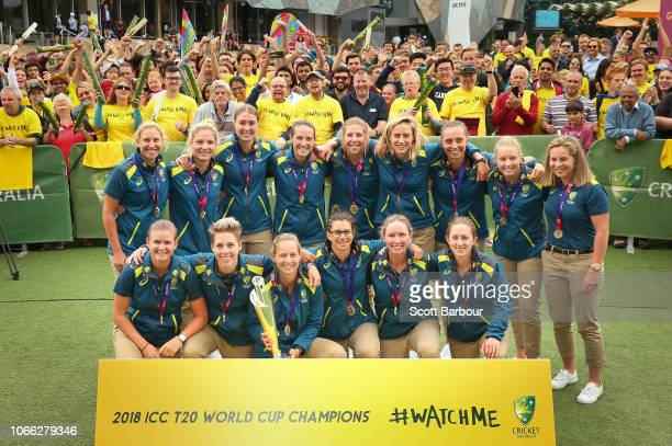 Matthew Mott Head Coach of Australia Meg Lanning Captain of Australia and their teammates celebrate with the trophy during the Australian Women's T20...
