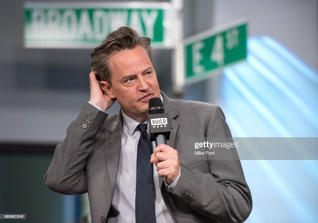 """Build Series Presents Matthew Perry and Katie Holmes Discussing """"The Kennedys - After Camelot"""" : News Photo"""