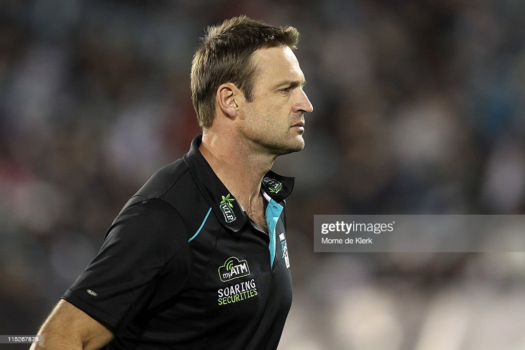 AFL Rd 11 - Port Adelaide v Carlton
