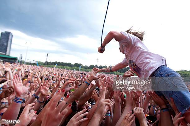 cage the elephant chicago