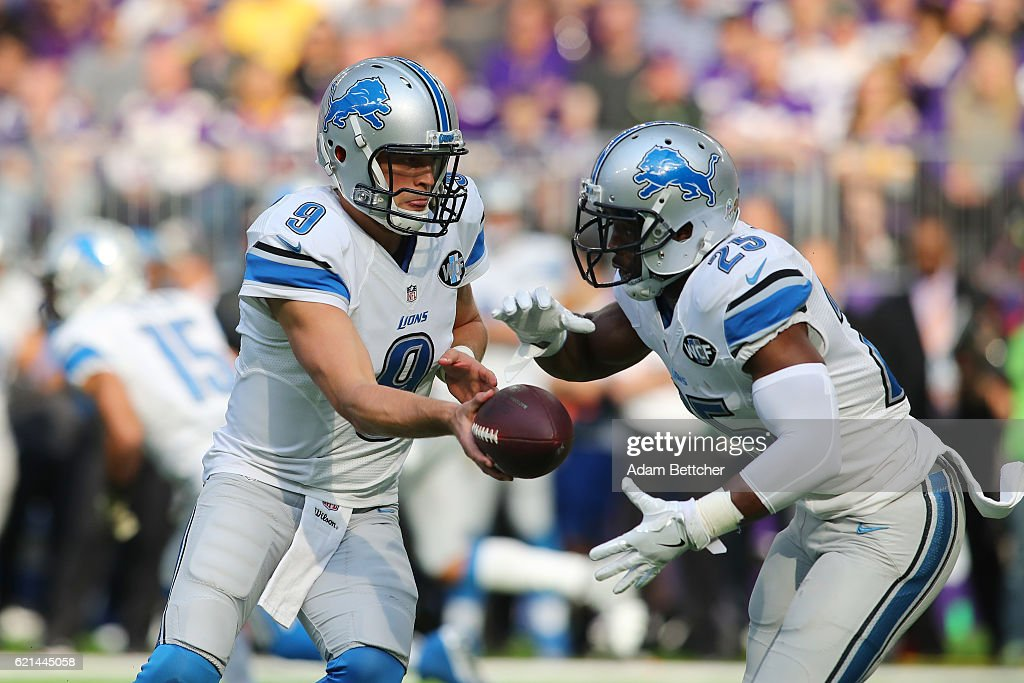 Matthew Stafford #9 hands the ball off to Theo Riddick #25 of the Detroit Lions during the first quarter of the game on November 6, 2016 at US Bank Stadium in Minneapolis, Minnesota.