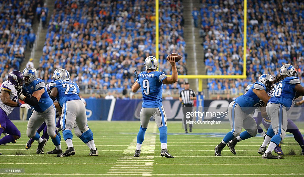 Matthew Stafford #9 of the Detroit Lions throws a pass during the game against the Minnesota Vikings at Ford Field on October 25, 2015 in Detroit, Michigan. The Vikings defeated the Lions 28-19.