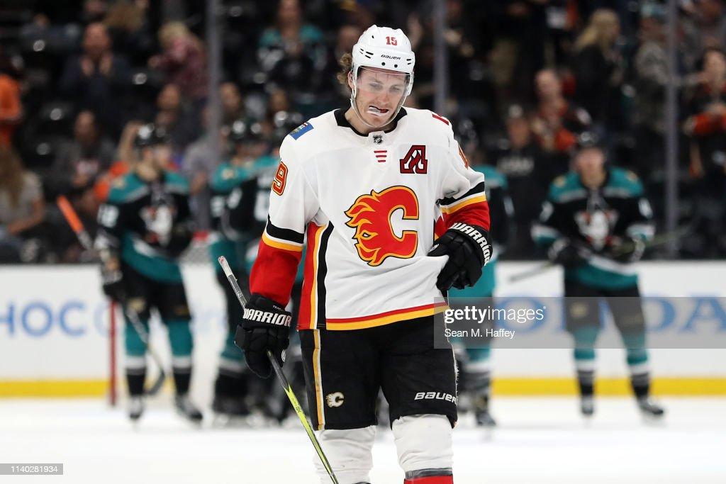 Calgary Flames v Anaheim Ducks : News Photo