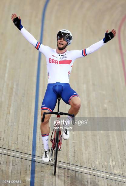 Matthew Walls of Great Britain celebrates after he wins the Men's Omnium Final during Day Three of the 2018 TISSOT UCI Track Cycling World Cup at Lee...