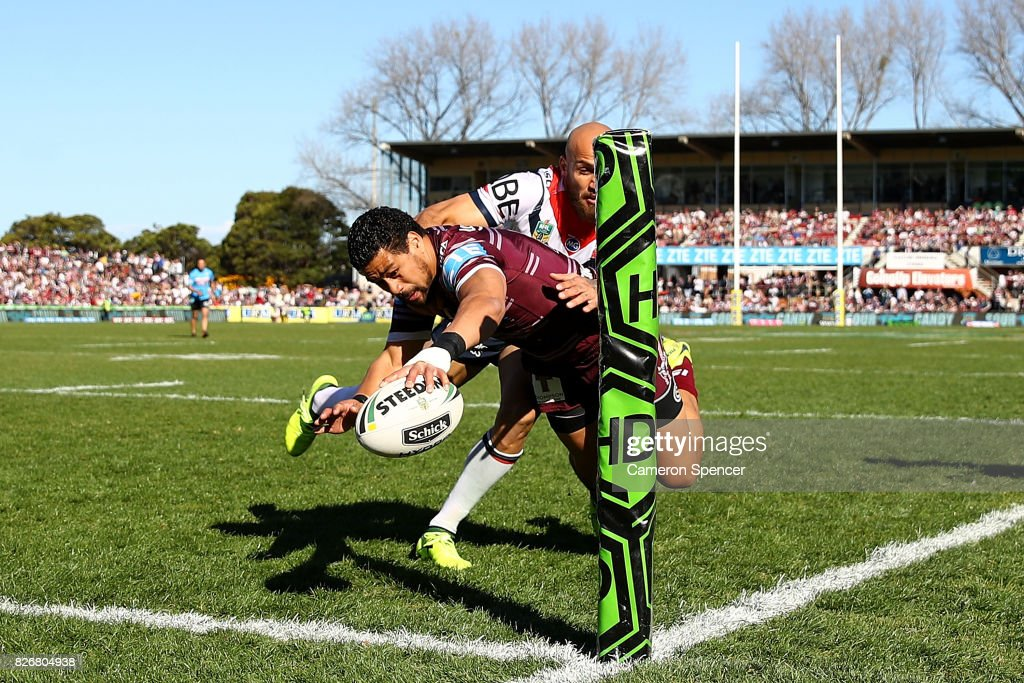 Matthew Wright of the Sea Eagles scores a try during the round 22 NRL match between the Manly Warringah Sea Eagles and the Sydney Roosters at Lottoland on August 6, 2017 in Sydney, Australia.